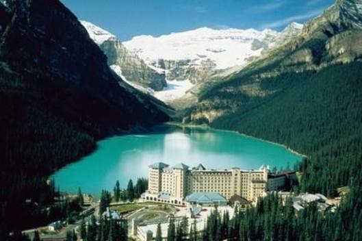 fairmont-chateau-lake