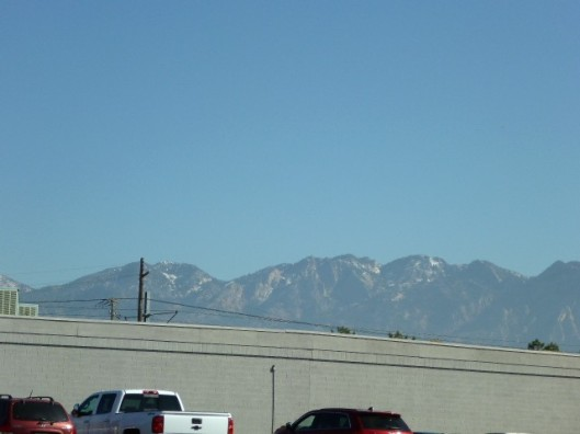 downtown-mountains