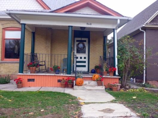 568-porch