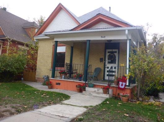 geranium-porch