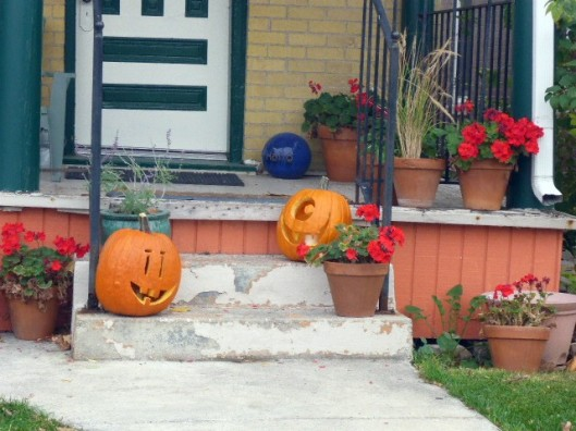 pumpkin-porch